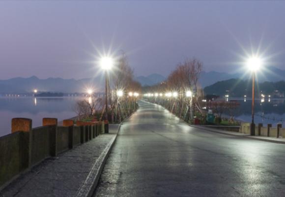 贵州现代庭院灯